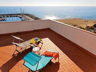 MARINA PORT & BEACH-apartment - El Masnou vacation rentals