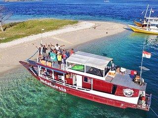 Komodo Trip - Indahnesia Liveaboard - Labuan Bajo vacation rentals