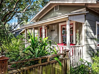 EREHWON RETREAT 1923 Arts & Craft Cottage - Tampa vacation rentals