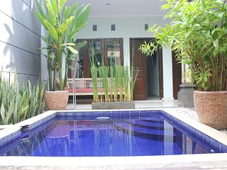 Quiet Balinese villa nearby Canggu - Denpasar vacation rentals