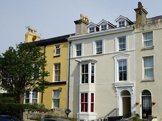 Refurbished ground floor apartment in Llandudno, good central location - Llandudno vacation rentals