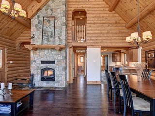 Log Cabin 30 minutes from Mont Tremblant - Labelle vacation rentals