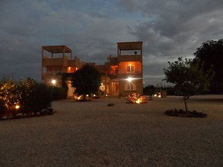 Nice Villa with Internet Access and Satellite Or Cable TV - Somone vacation rentals