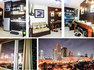 1 BR with Semi Japanese Interior - near SM AURA MALL & BONIFACIO GLOBAL CITY - Taguig City vacation rentals