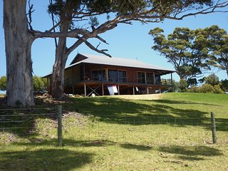 Karri Vista - peaceful setting with valley views - Denmark vacation rentals