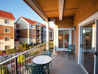 So Much Live Entertainment - Wyndham Branson Mountain Vista 3-BR Condo - Branson vacation rentals
