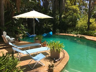 Huge Bali Style Oasis for groups, workshops or a romantic retreat for 2 - Wanneroo vacation rentals