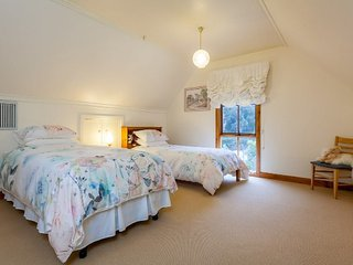 Tranquil Retreat Lodge Bed and Breakfast - Creswick vacation rentals
