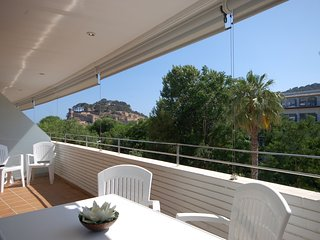 EXCELLENT APARTMENT NEXT BEACH - Tossa de Mar vacation rentals