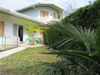 Villa Private Garden and Parking - Beach Place and Amenities - Bibione vacation rentals