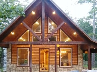 Borrowed Time, Luxury Vaction Rental Cabin - Hochatown vacation rentals