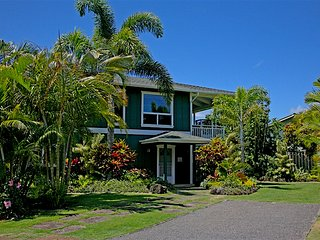 Hanalei - 3 houses to the beach, 3 blocks to town - Hanalei vacation rentals