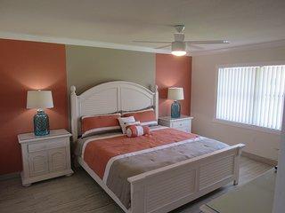 Newly Listed 2BR/BA. Mins to IMG Aceademy/Anna Maria Beaches and Sarasota - Bradenton vacation rentals