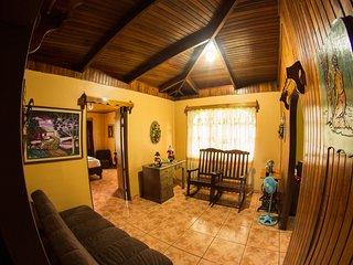 Families & Friends Home Rental - La Fortuna de San Carlos vacation rentals