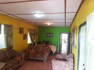 Cozy 3 bedroom House in Chitre - Chitre vacation rentals
