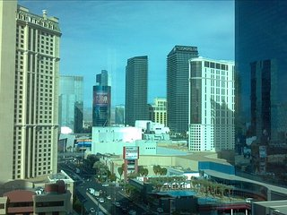 23rd Floor Studio with Fabulous Views of Las Vegas Strip! - Las Vegas vacation rentals