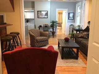 Carroll Cottage: In Cleveland's Historic Ohio City - Cleveland vacation rentals