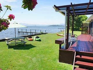 Parawai Lakehouse Sanctuary - Absolute Lake front - Ngongotaha vacation rentals
