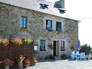 Maison de l'étang - House with 3 rooms in Jugon-les-Lacs, with enclosed garden and WiFi - Jugon-les-Lacs vacation rentals