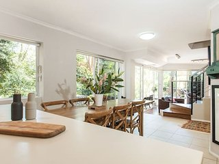 Luxurious Family Home Surrounded by Nature - Cremorne vacation rentals