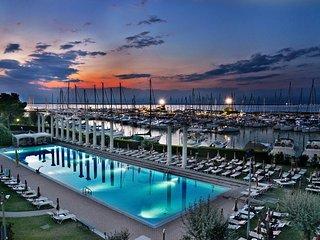 RBB16 2 Bdr Marina Centre and Beach - Lignano Sabbiadoro vacation rentals
