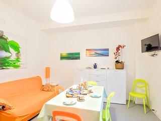 RBA19c 1 Bdr Marina Centre and Beach - Lignano Sabbiadoro vacation rentals