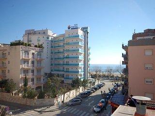 3 bedroom Apartment with Elevator Access in Calella - Calella vacation rentals
