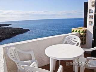 Comfortable Condo with Television and DVD Player - Binibeca vacation rentals