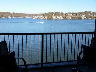 Magnificant unobstructed view on main channel.  completely renovated  3BR/3BA - Lake Ozark vacation rentals