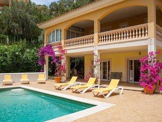Cozy Villa with Internet Access and A/C - Camp De Mar vacation rentals