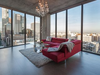 URBAN DOWNTOWN LA FLOOR TO CEILING PENTHOUSE - Los Angeles vacation rentals