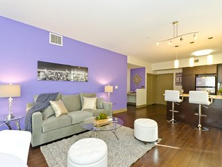 BRAND NEW!!! 1300 soft Suite! ONE MINUTE AWAY FROM THE WALK OF FAME AND HOLLYWOOD BLVD! - Hollywood vacation rentals