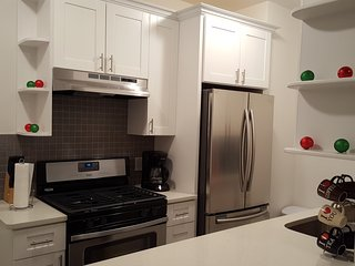 NEW - 1 Bed. Apt.10 min. to Manhattan! - Woodside vacation rentals