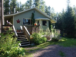 Glacier's Back Door - West Glacier vacation rentals