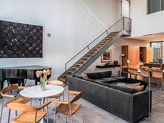 3739 West End Arts Loft: Modernist Architectural Landmark - Seaside vacation rentals