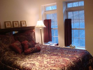 Lakefront, Gated, Game Table, Jacuzzi Sleeps 20-24, In Saw Creek Estates, Skiing - Bushkill vacation rentals