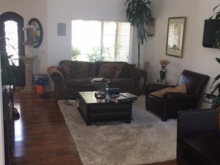 Gorgeous 4 bedroom Stevenson Ranch House with Internet Access - Stevenson Ranch vacation rentals