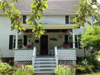 Private room, Queen size bed, shared bathroom - Concord vacation rentals