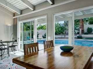 Unwind in Palm Desert Elegance! Private Home with sprawling South facing patio - Palm Desert vacation rentals