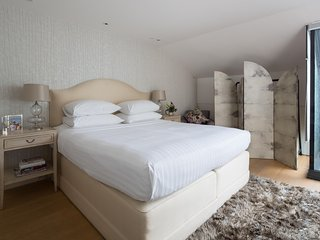 onefinestay - St Luke's Street III private home - London vacation rentals