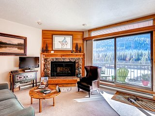 No Cleaning Fees! Kids Ski Free! 1Br Condo Lakeside Village ~ RA134211 - Keystone vacation rentals