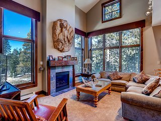 Stay & Kids Ski Free! Gorgeous 4Br Townhome at the Seasons ~ RA134228 - Keystone vacation rentals