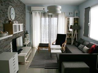 Nice 2 bedroom apartment with 2 bathrooms Octavius 36 - Trikomo vacation rentals