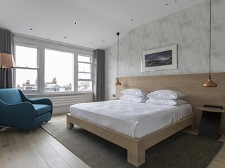 onefinestay - Muswell Hill Road private home - London vacation rentals