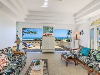 """HEAVENLY BEACH HOME"", ENJOY OCEANFRONT LIVING, SPRING STAY SPECIALS! - Kapaa vacation rentals"