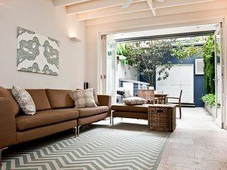 WOOLLAHRA Moncur St (H) - Woollahra vacation rentals