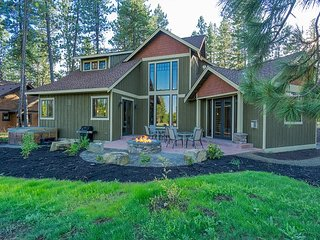 "Elegant Suncadia Home ""12th Manor"" Built for Entertainment on the Golf Course - Cle Elum vacation rentals"