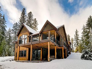 2-for-3 Special*NEW*4.5BD Suncadia Home on Hole 4|Hot Tub,Game Rm|Slps14 - Cle Elum vacation rentals