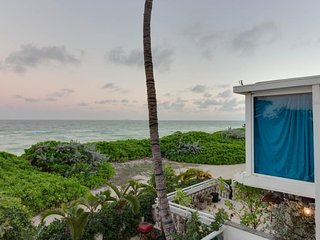 Waterfront condo w/ shared pool, beach access, ocean views, & resort amenities - Miami Beach vacation rentals