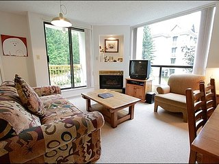 Shared Pool and Hot Tub - Gas Fireplace (4042) - Whistler vacation rentals